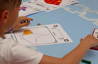 绘画互动投影 - 绘画幼教 - 场景教学 - 维莎道卡数字影像制作有限公司
