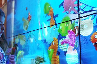 绘画互动投影 - 画画教育 - 虚拟海底 - 维莎道卡数字影像制作有限公司